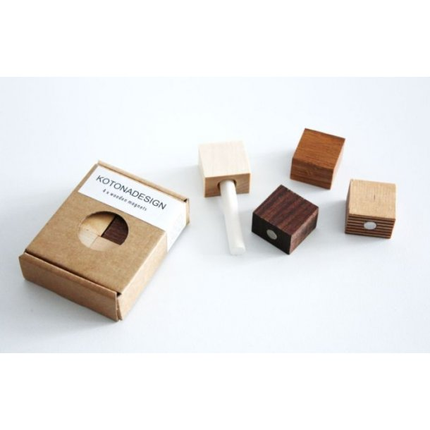 Kotona Design Magneter i træ til opslagstavle - sæt med 4 stk